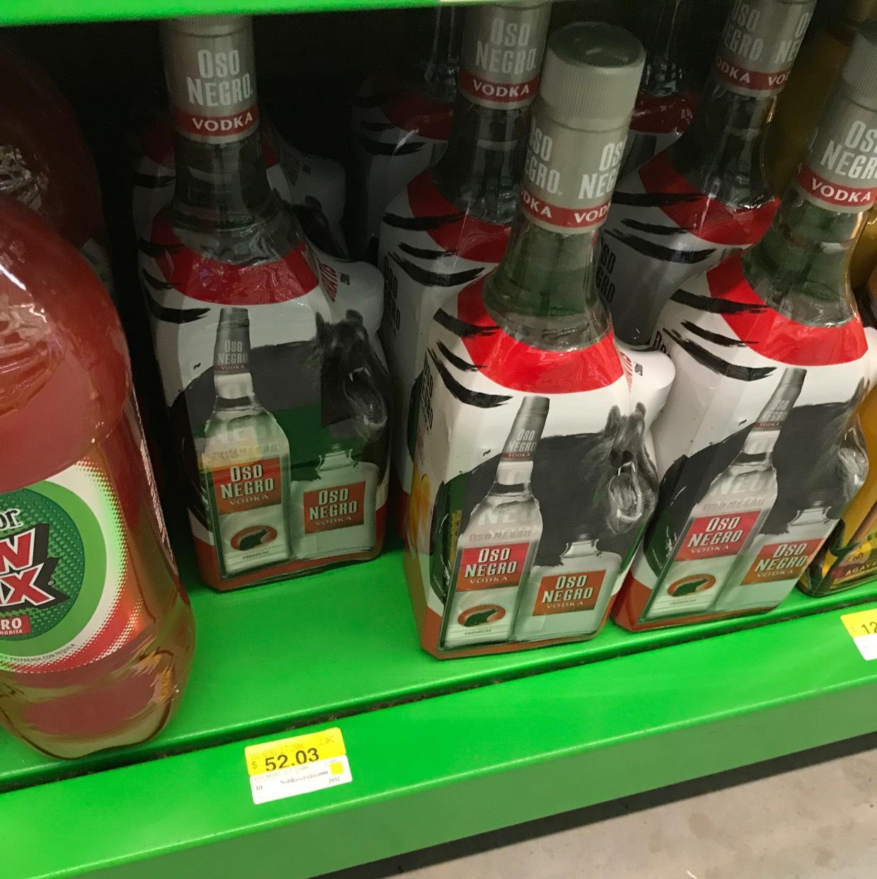 Bodega Aurrerá: Vodka Oso Negro 1 litro más pachita de 250ml