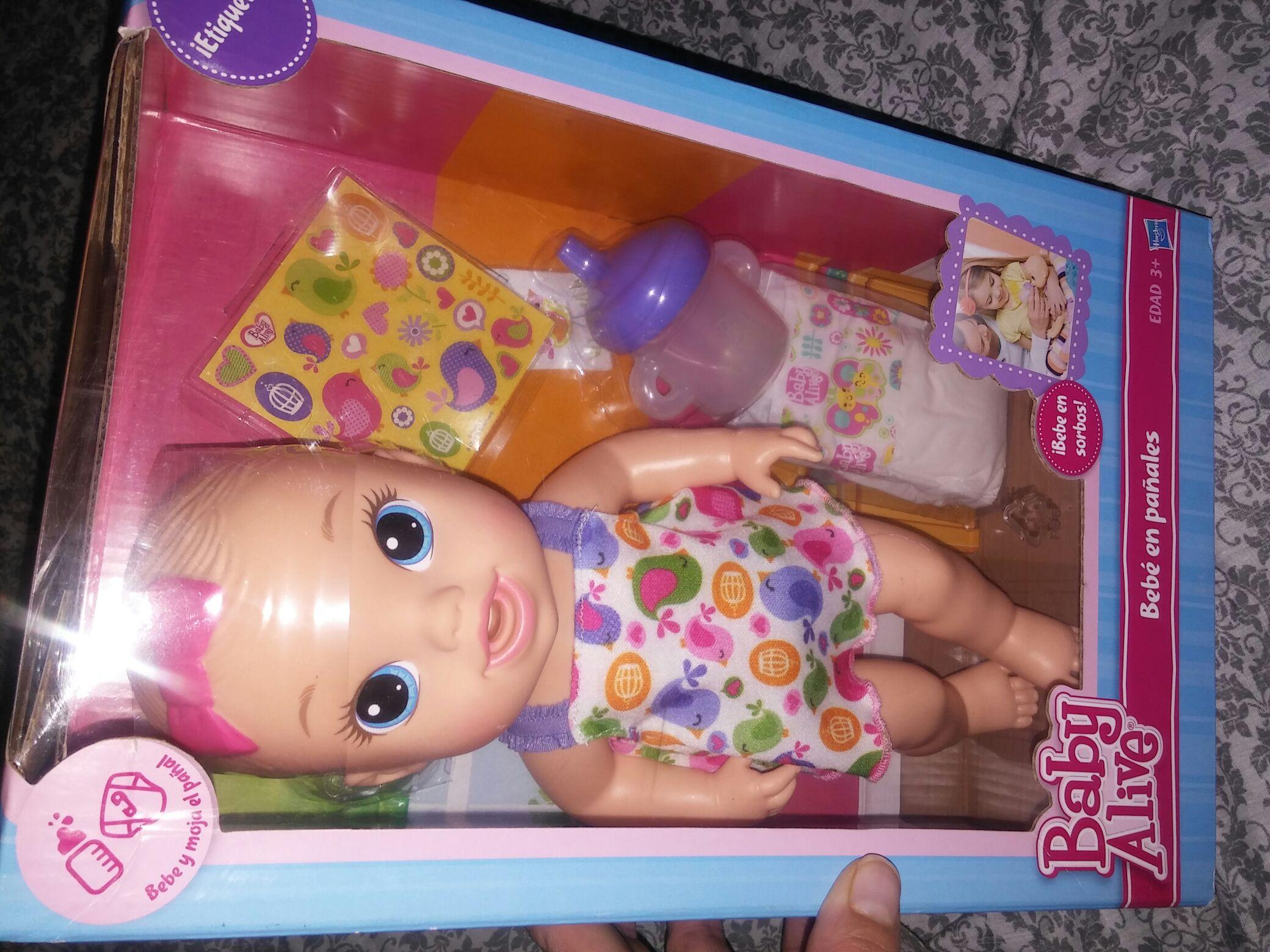 Walmart: muñeca baby alive a $54.01  y paquete de biberones a $60.02