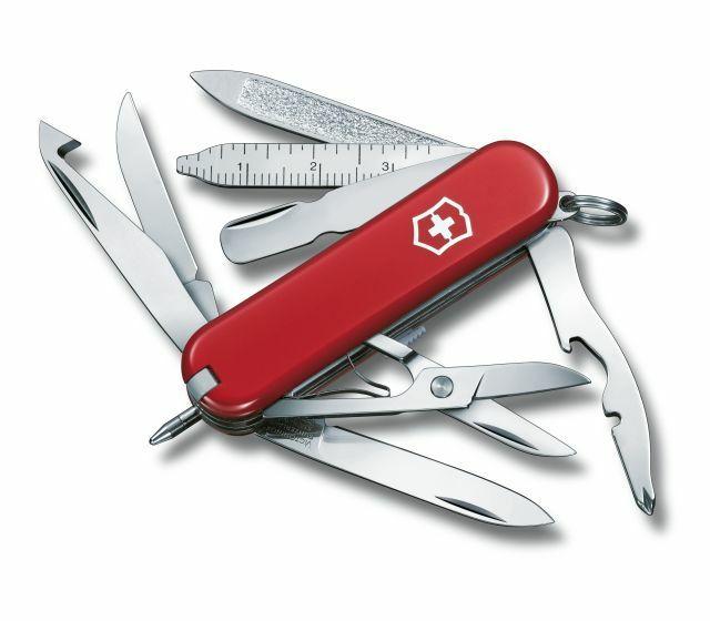 Amazon: Navaja Victorinox Minichamp roja 16 usos