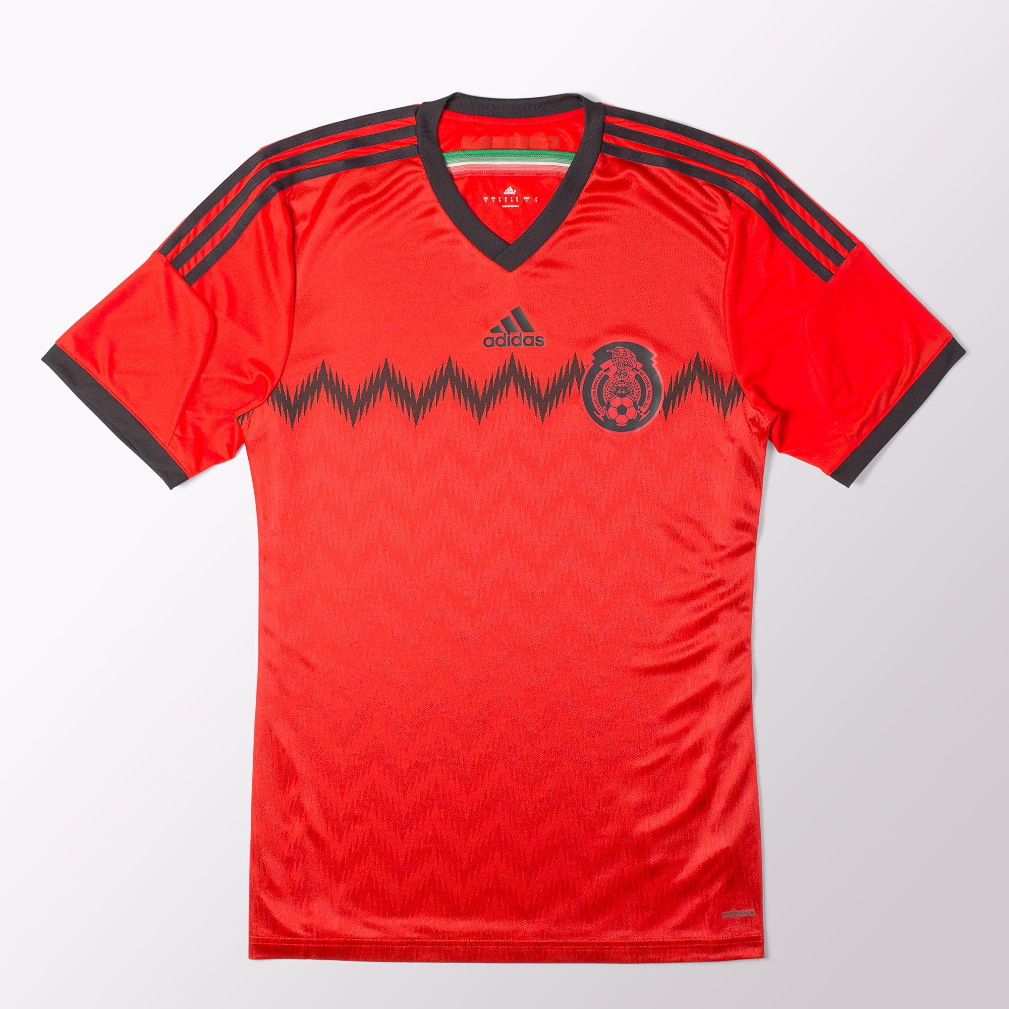 Deportes Guerra: Jersey Rojo de la seleccion mexicana 200 pesos