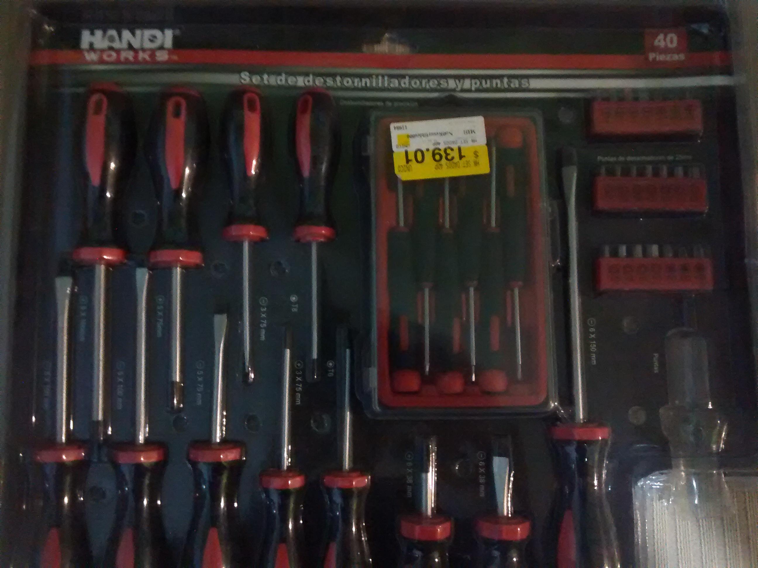 Walmart: Set de 40 Piezas de Destornilladores y Puntas a 59.03