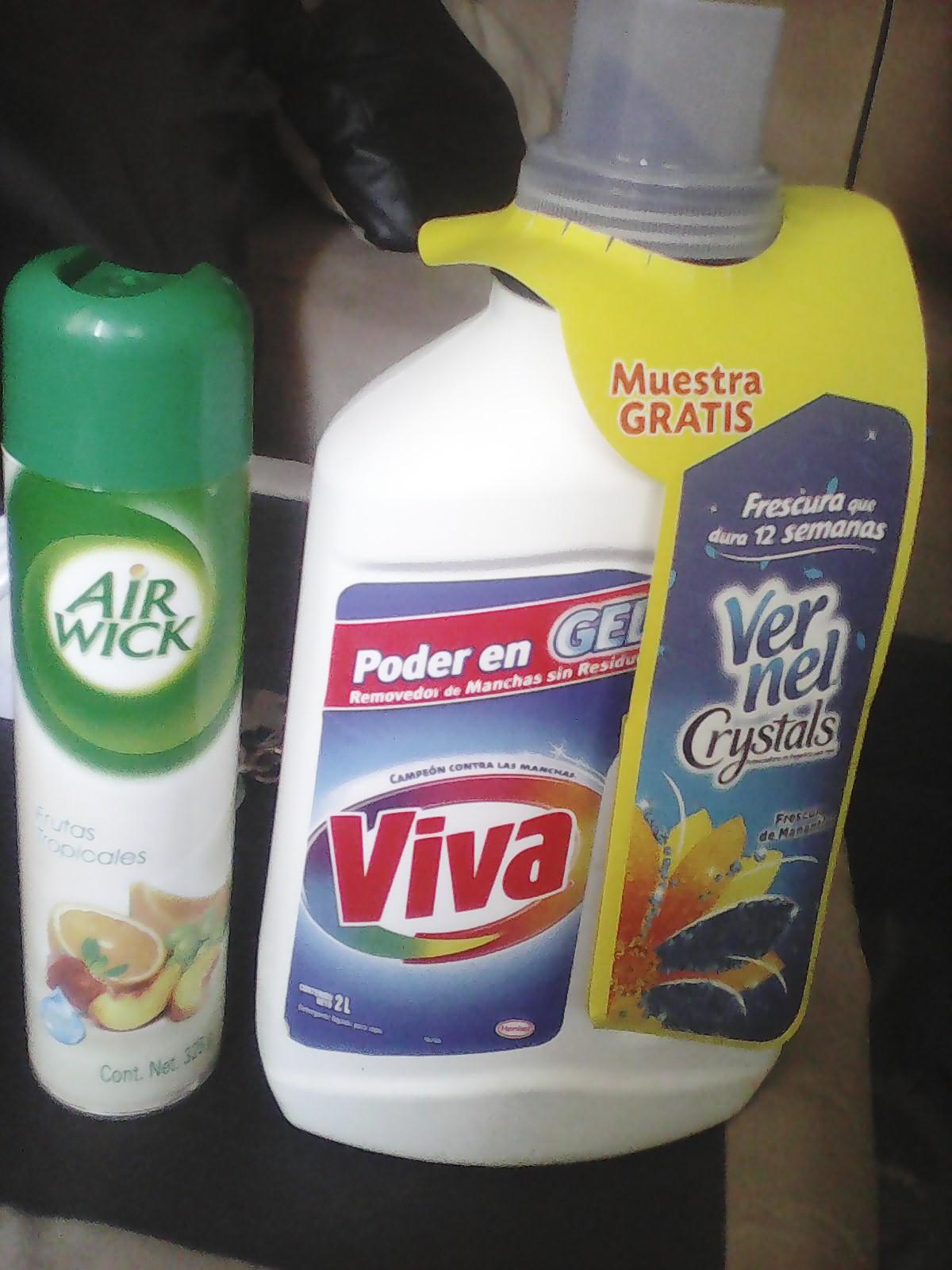 Walmart: Jabón líquido viva 2L $36.03 y más