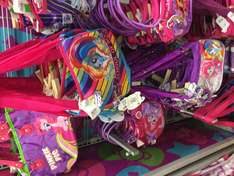 Walmart: Bolsas my little pony a $30.02