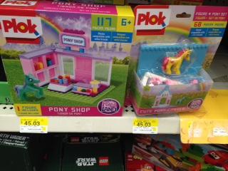 Walmart: Plok Pony Shop y Cute Pony Castle a $45.03
