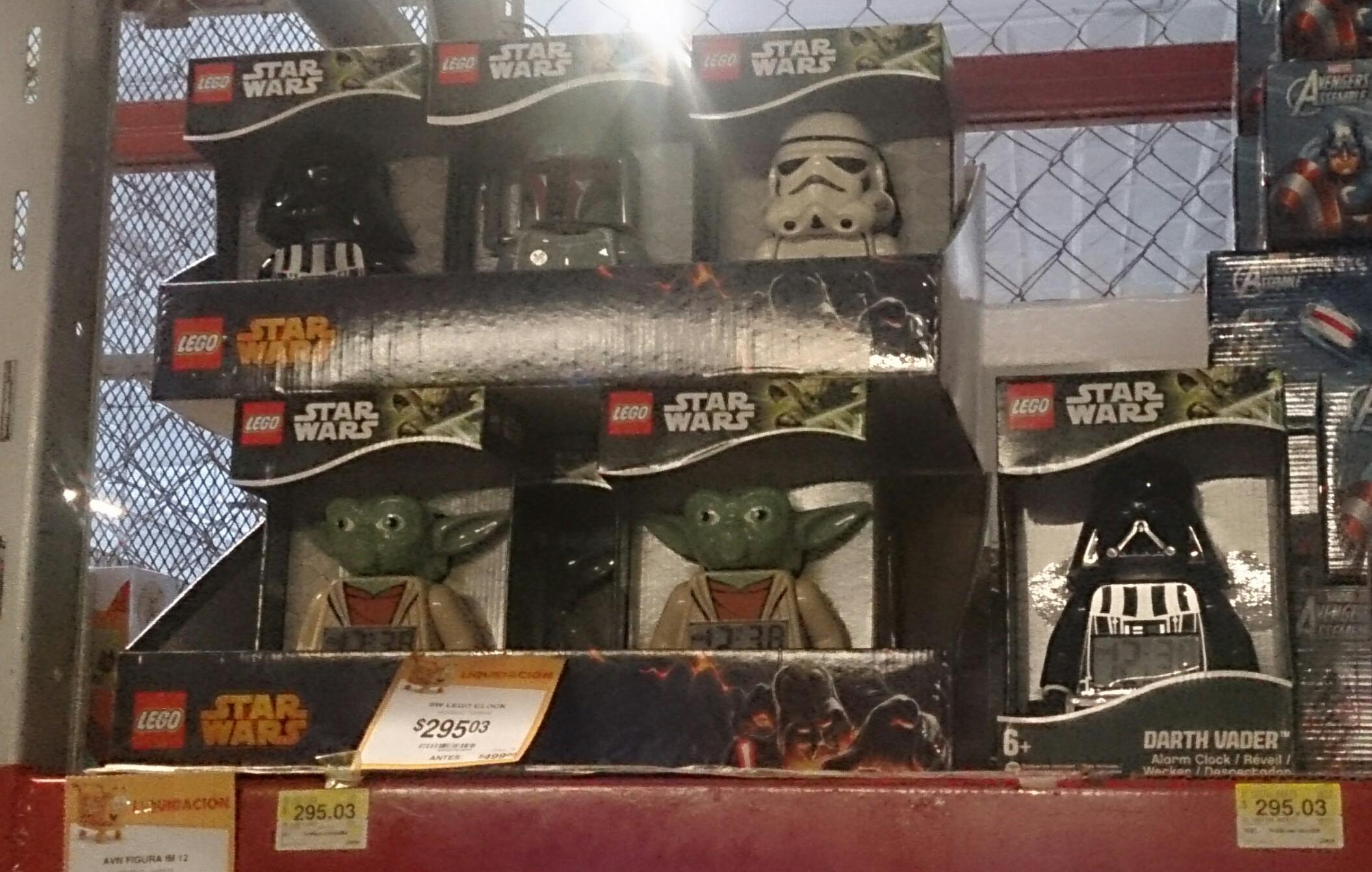 Walmart: despertador Lego de Star Wars a $295.03