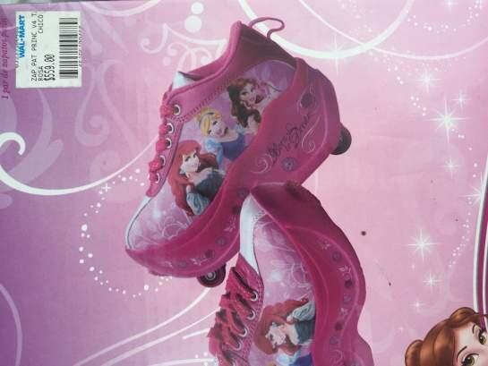 Walmart: patines princesas a $50.01