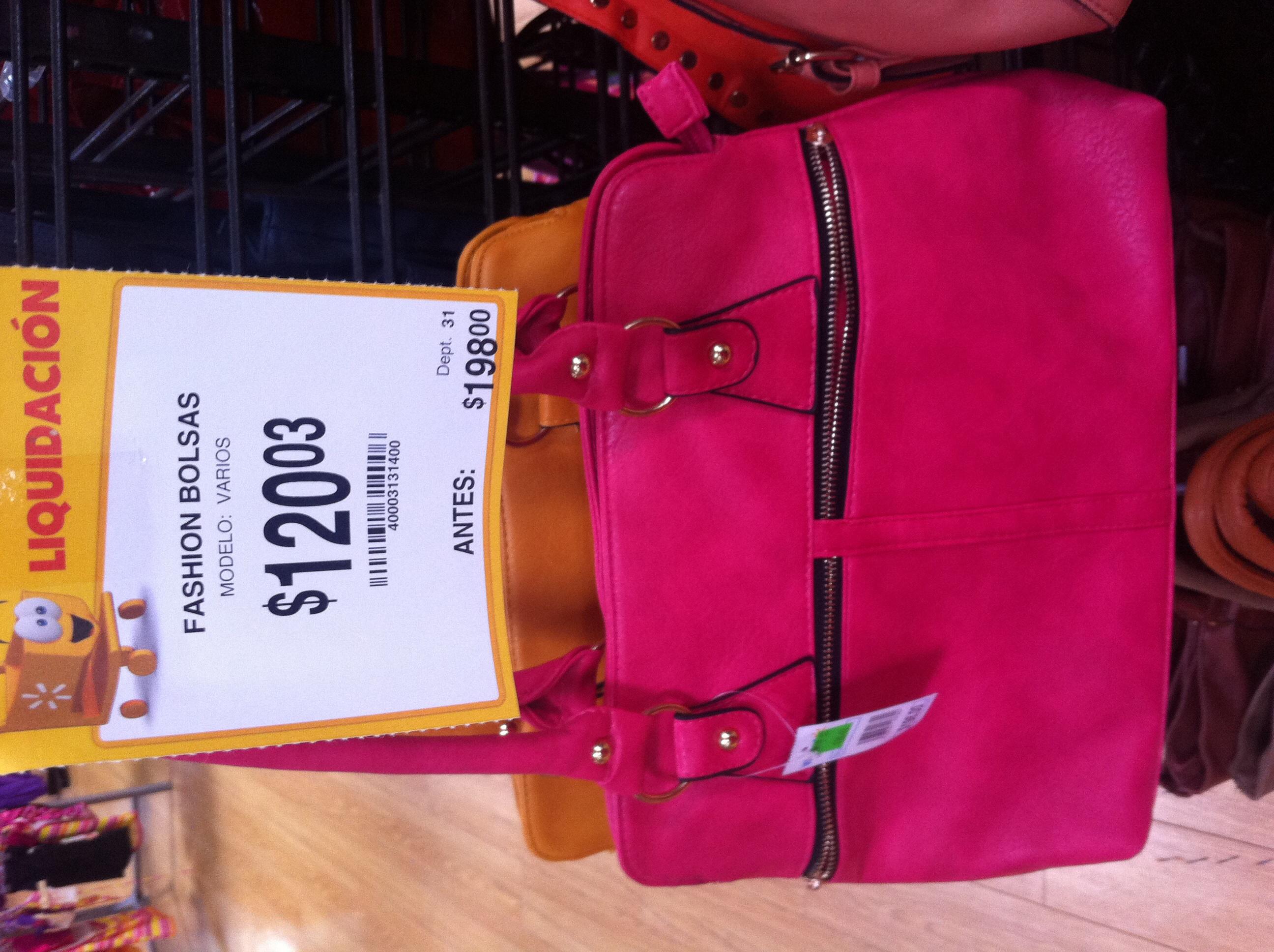 Walmart: variedad de bolsas para dama en liquidación