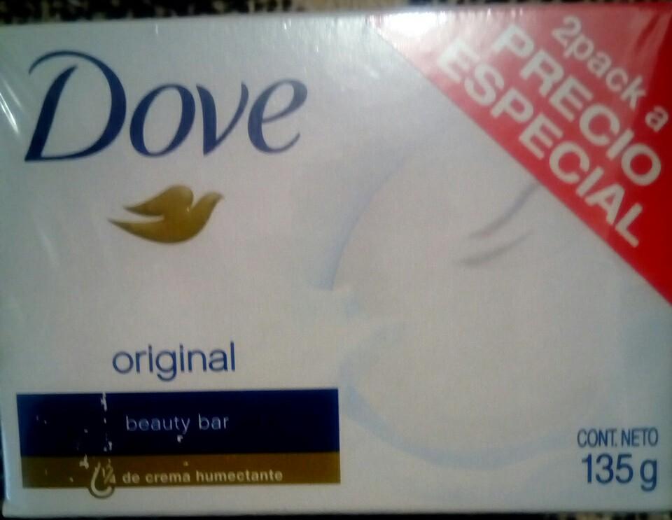 Bodega Aurrerá: Paquete con 2 jabones Dove d 135g $20