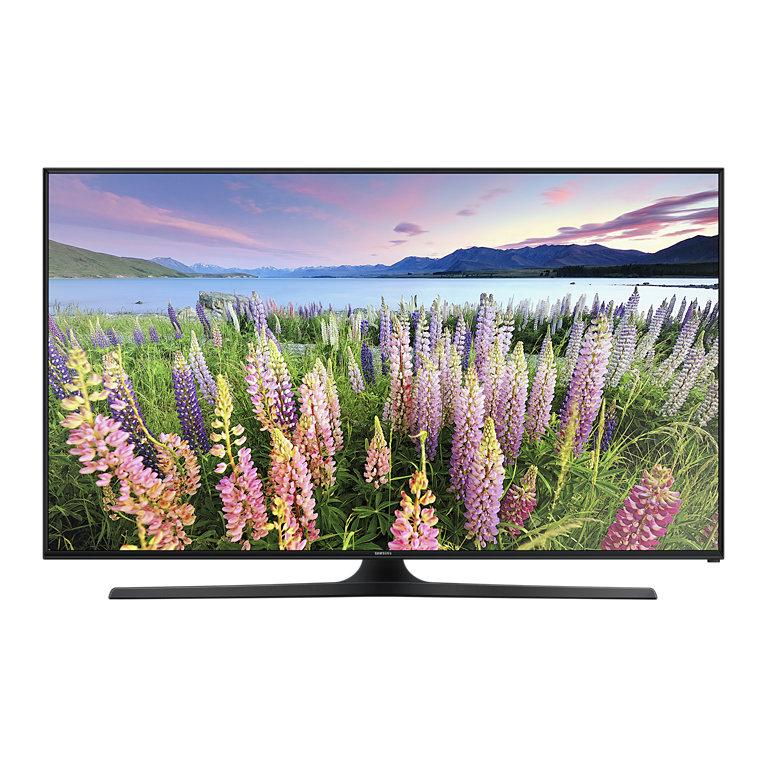 "Elektra: Pantalla LED SAMSUNG Smart TV 40"" Full HD- $8,999"