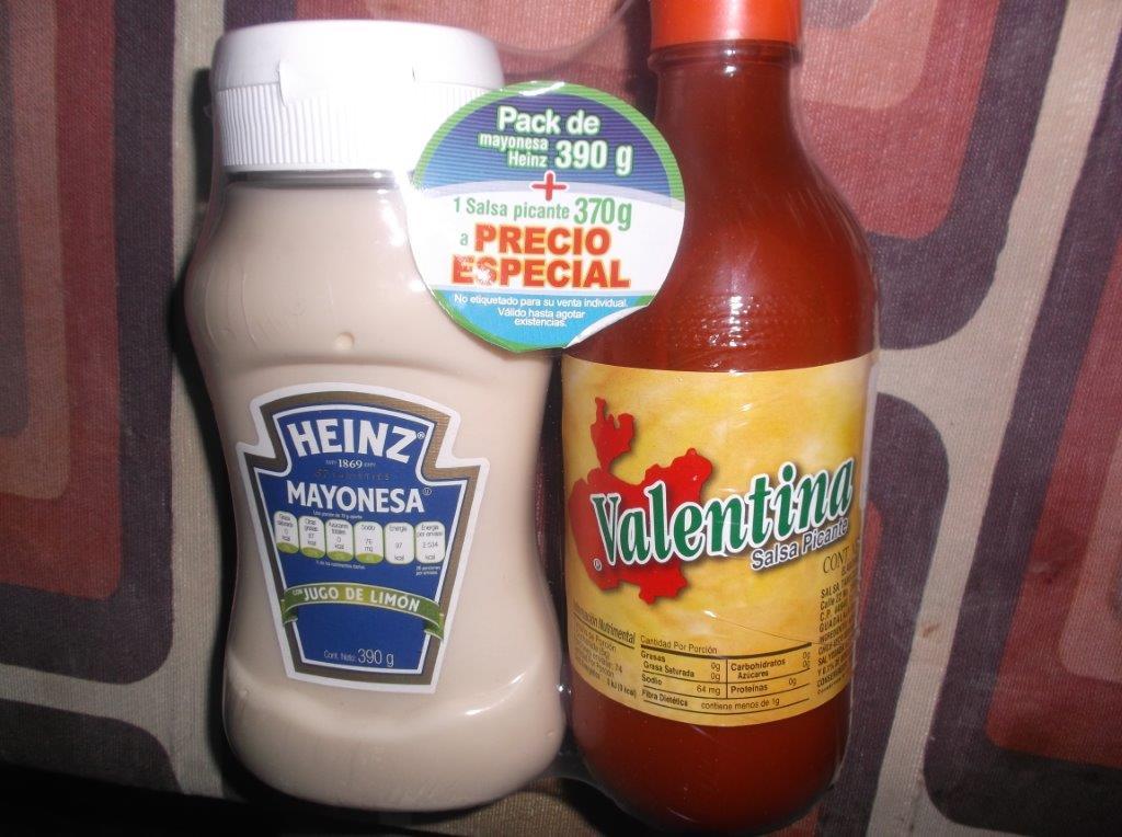 Walmart Perinorte: Mayonesa Heinz + salsa valentina 13.90; toalla para playa 45.03 y plato halloween en 7.02