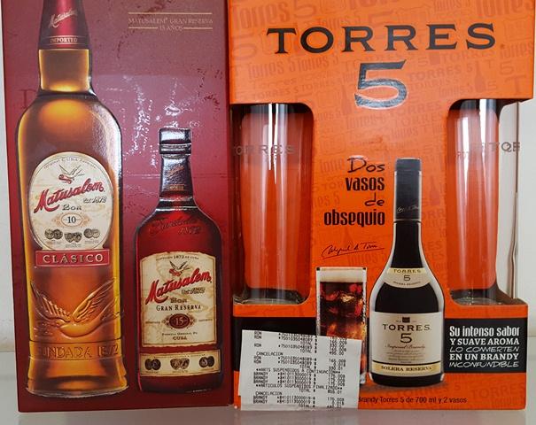 Superama La Noria: Ron Matusalem + Matusalem Gran Reserva $165 y Torres 5 + 2 vasos $175