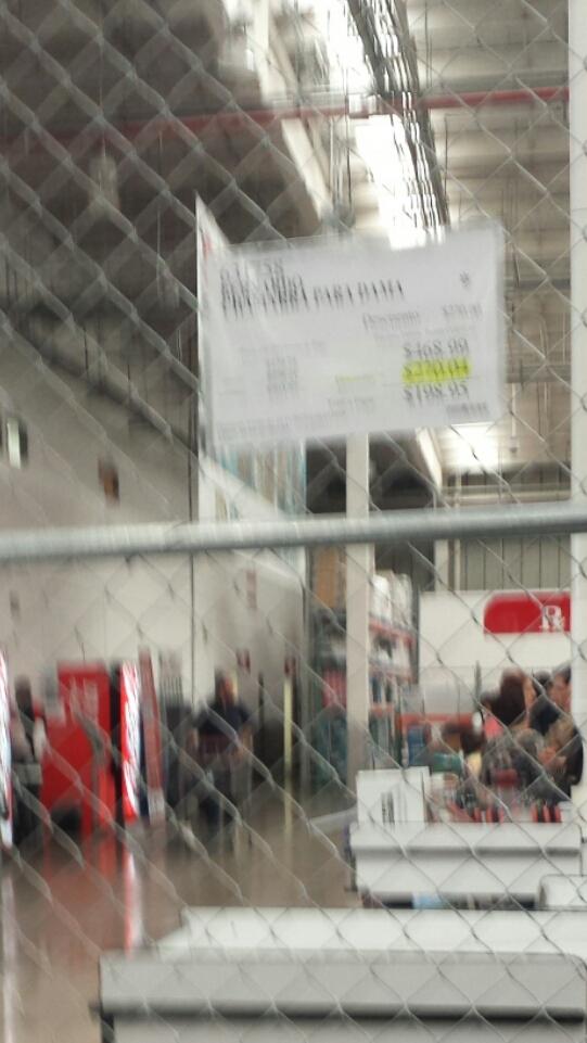 Costco Querétaro: Chamarra BERNARDO $199