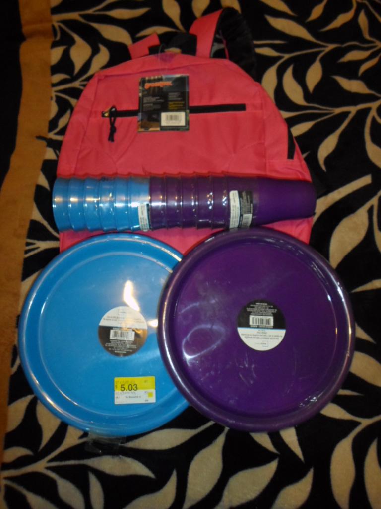 Walmart: Paquetes de vasos y platos mainstays $5.03 y mochila basica sportpak $30.03