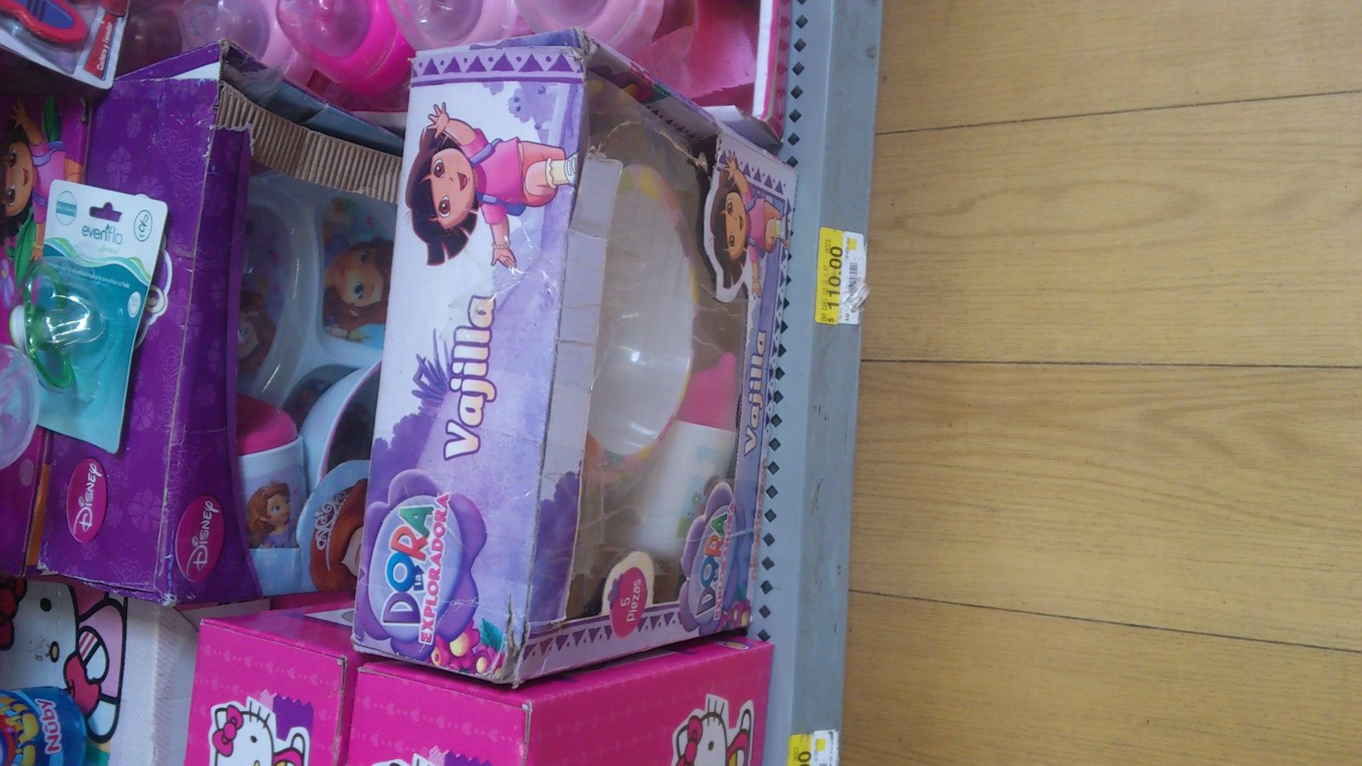 Walmart Aeropuerto Tampico-Vajilla Disney Princesita Sofía $10 y Juego de Dados Pretul $125.02