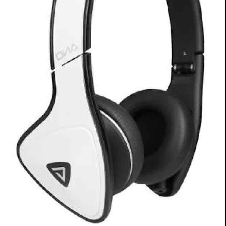 Amazon.com.mx: Monster Cable Monster DNA On-Ear White Tuxedo