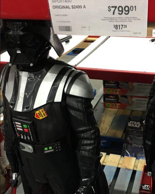Sam's Club Periplaza Puebla: Darth Vader 1.2mts en liquidación $799.01 (antes $2,499)