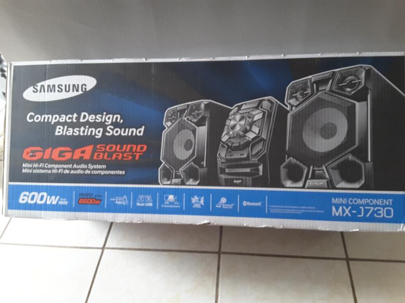 Walmart la fe san nicolas Nuevo Leon: Minicomponente Samsung  1649.01