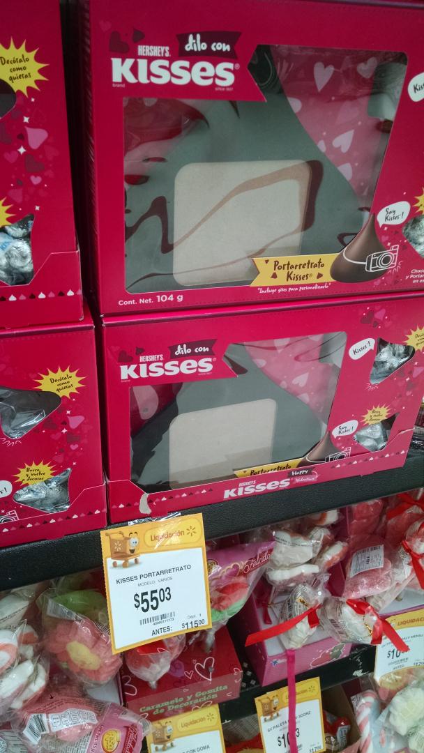 Walmart: Kisses de Hershey's con portaretrato de $115 a $55