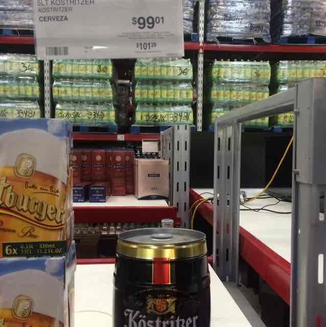Sam's Club: barril de cerveza alemana Schwarzbier Black Lager Beer a $99