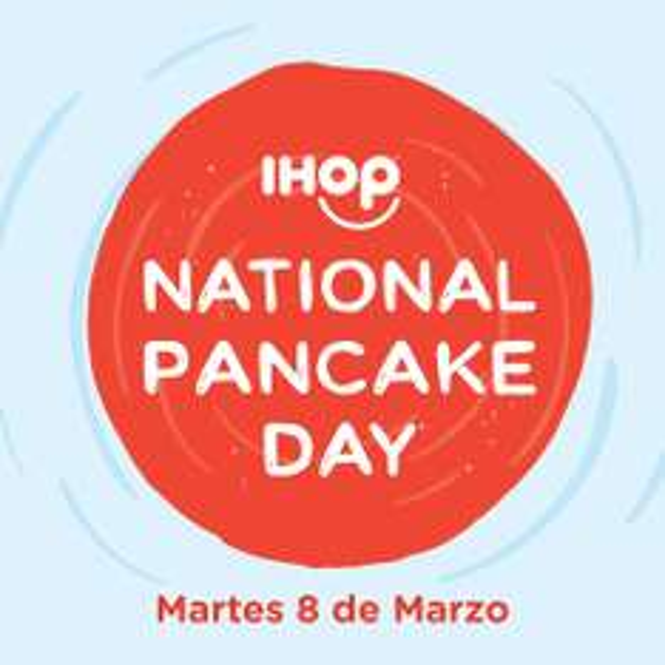 IHOP: martes 8 de marzo 2 buttermilk pancakes por $29