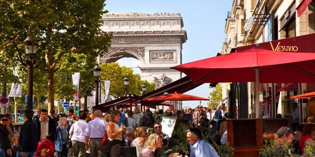 Travelzoo: hotel 4* en París cerca de Champs-Élysées $137 dólares la noche incluyendo verano