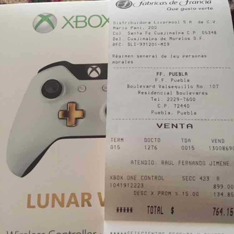 Fabricas de Francia: Control Xbox One Lunar White a $764