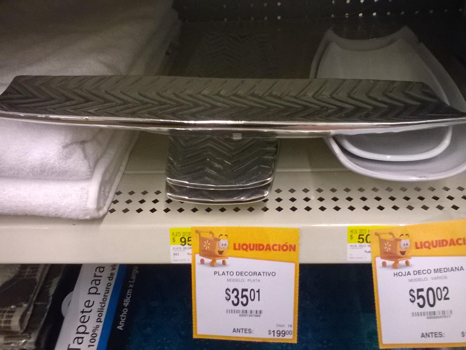 Walmart Carrizal - Villahermosa - Plato decorativo 35.01, Almohada Decorativa Star Wars (90x50cm) $65.02; Kracker Bites de Hersheys $7.02