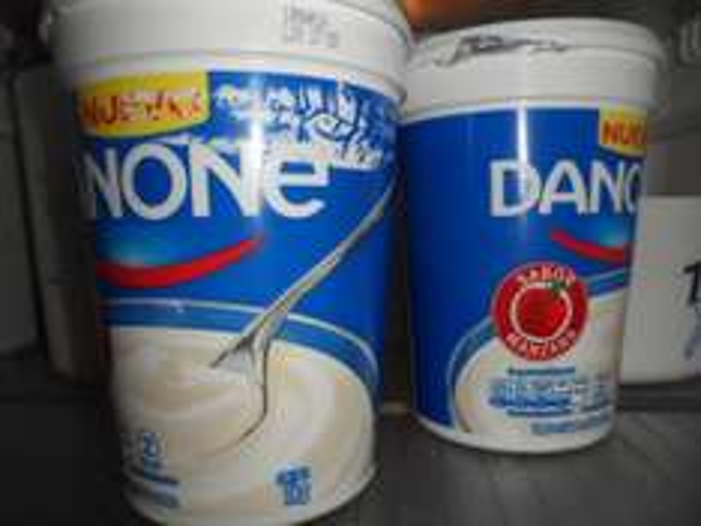 Soriana Las Flores Coacalco: 2 litros de yogurt  Danone a $21.90