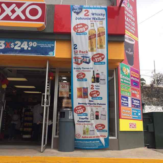 Oxxo Cuernavaca: 2 jw red label $399 y más ofertas