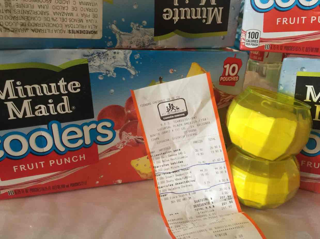 Chedraui Coapa: jugos Minute Maid caja con 10 a $15.40 y veladoras a $3.15