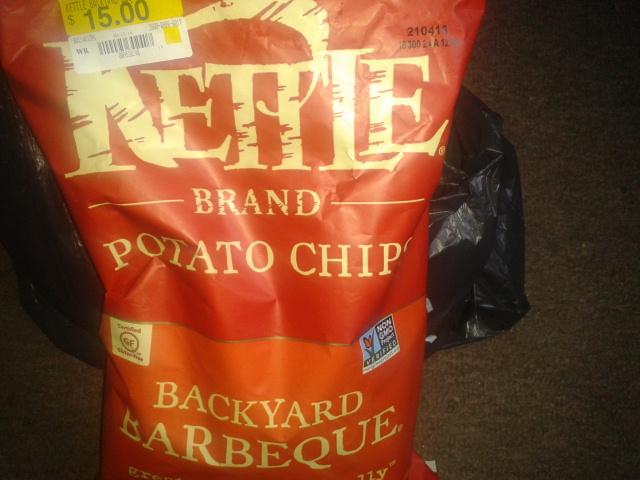 Walmart: papas fritas Kettle Barbacoa a $15