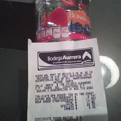 Bodega Aurrerá Expres: agua bonafont Levite de litro y medio varios sabores