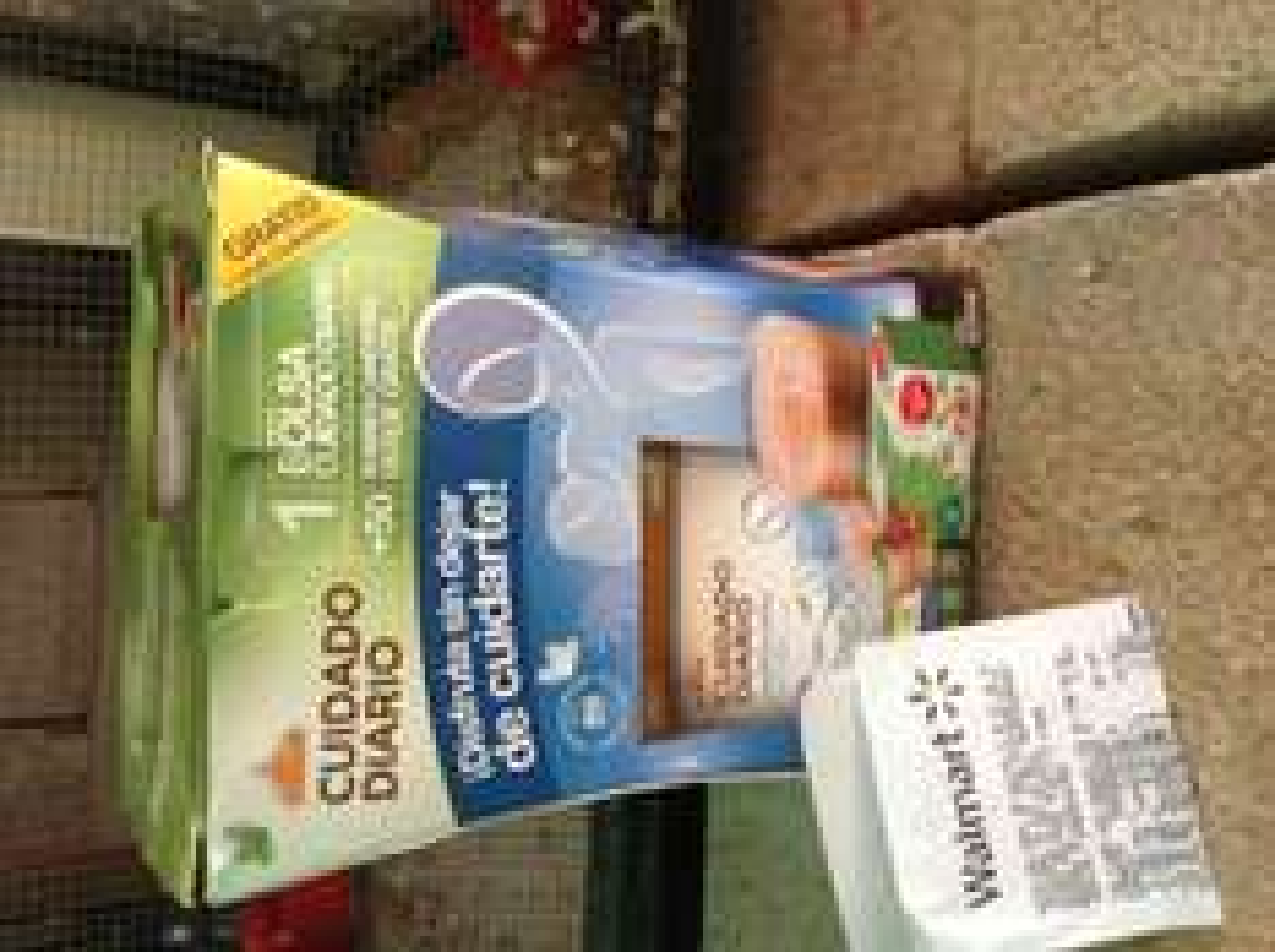 Walmart Nichupté Cancún: bolsa de Cuidado Diario + 50 sobres de Canderel a $19.50