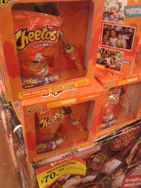 Soriana: paquete de selfistick y Cheetos a $70