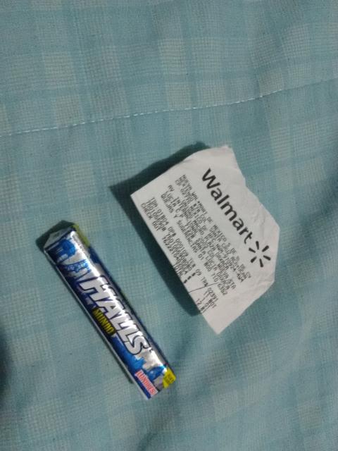 Walmart Macro Plaza: Halls Mundo a $1.01
