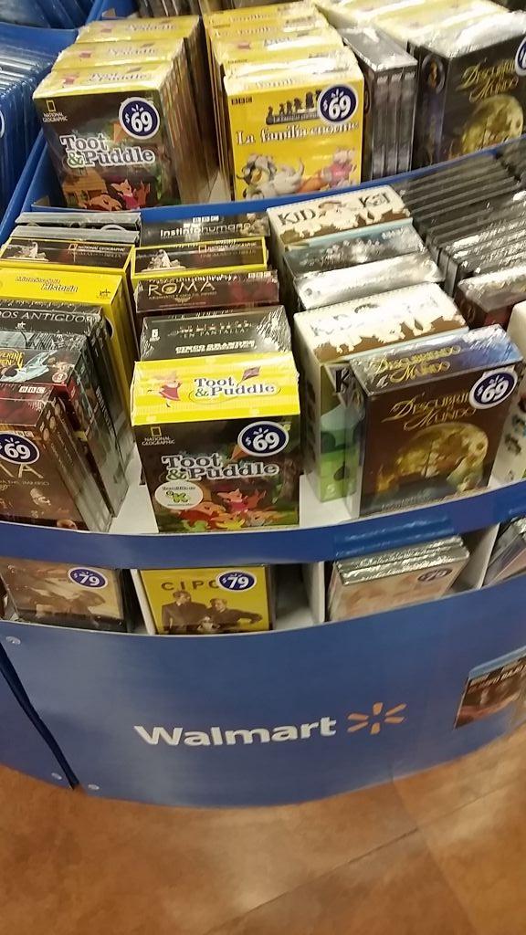 Walmart Patio Santa Fé: películas Bluray o dvd desde $39, Boxset de series desde $69