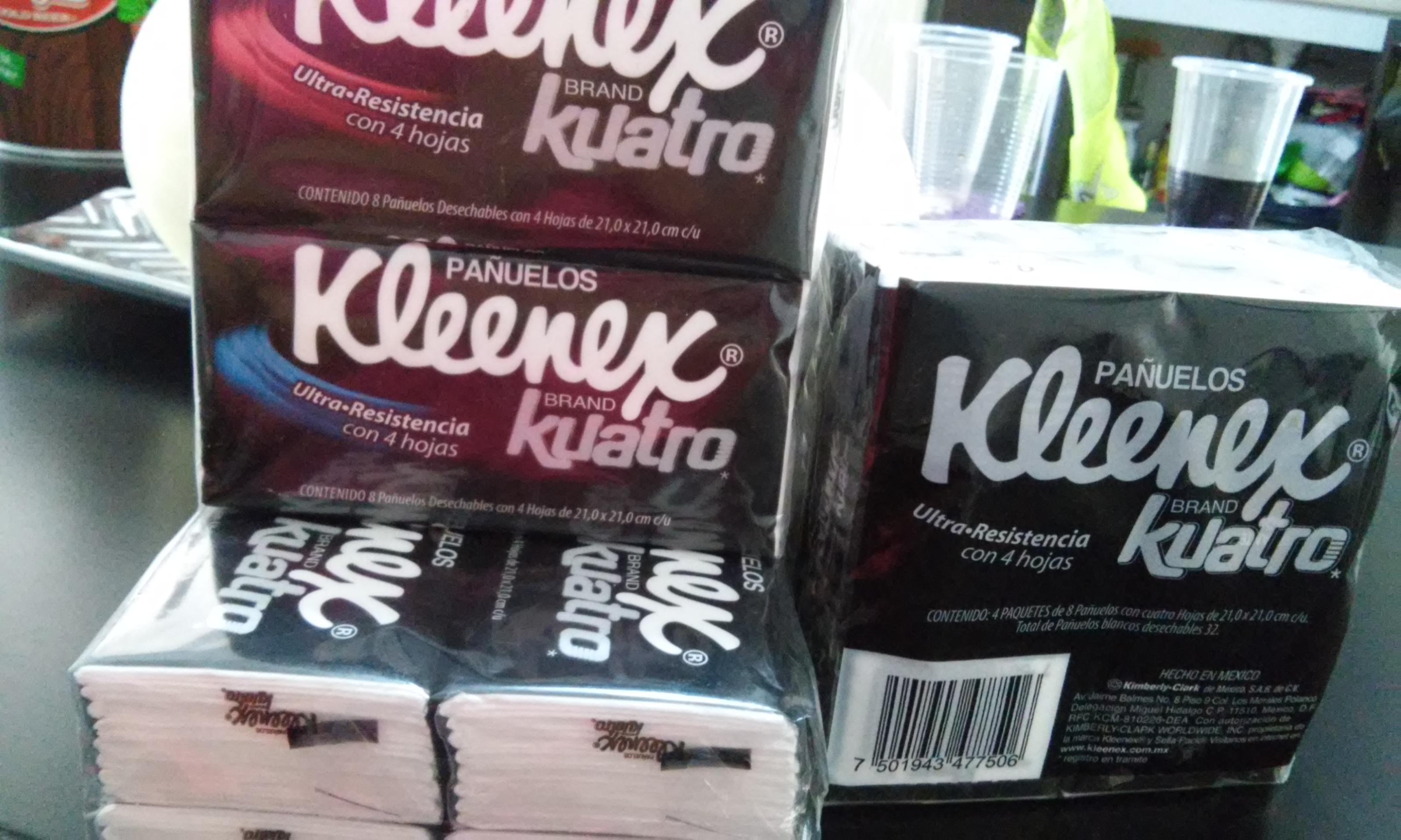 Bodega Aurrerá: coloso Kleenex Kuatro $6.03