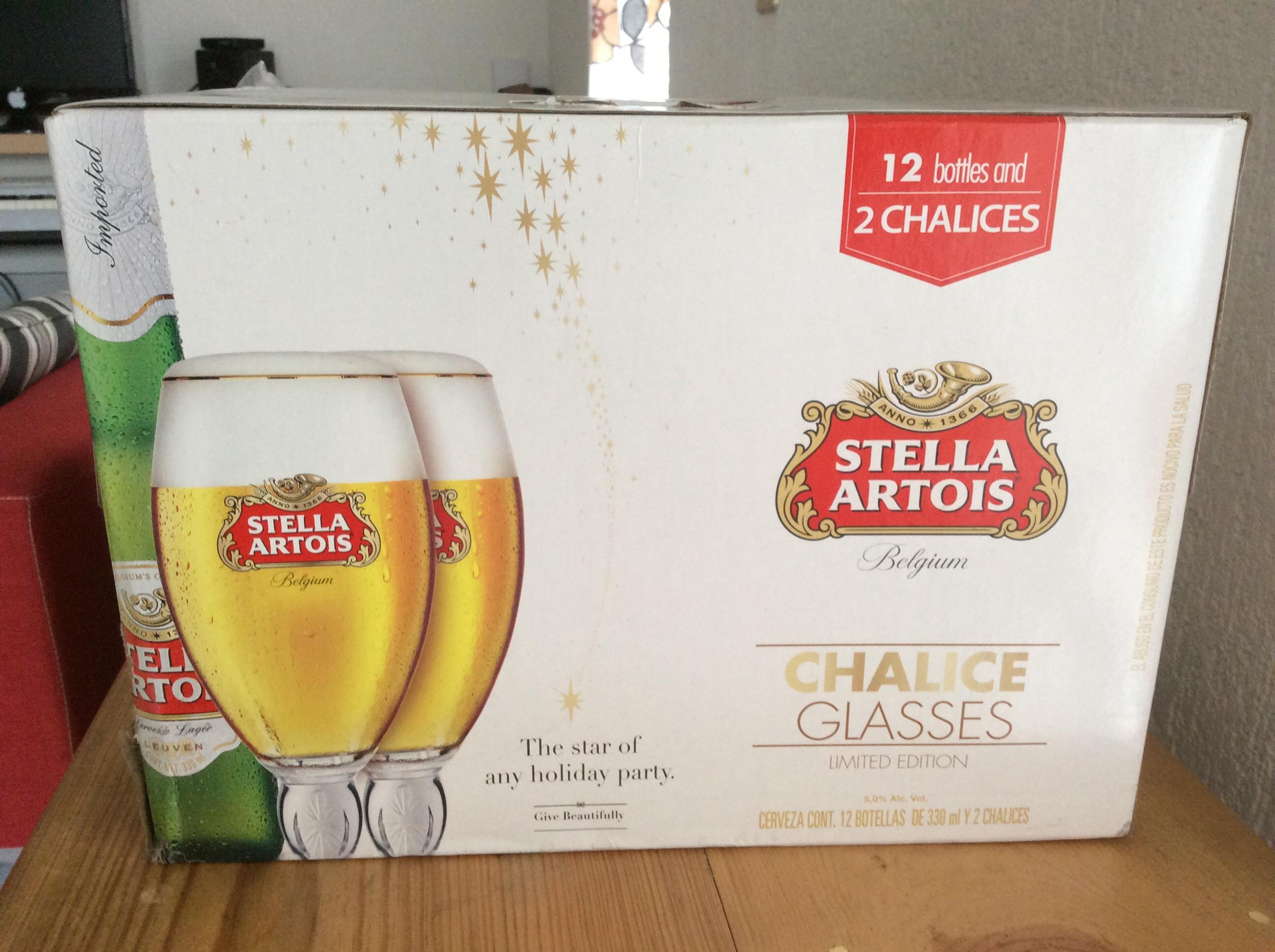Walmart Acoxpa: Cerveza stella 12 botellas y 2 Chalices de regalo $ 168.03