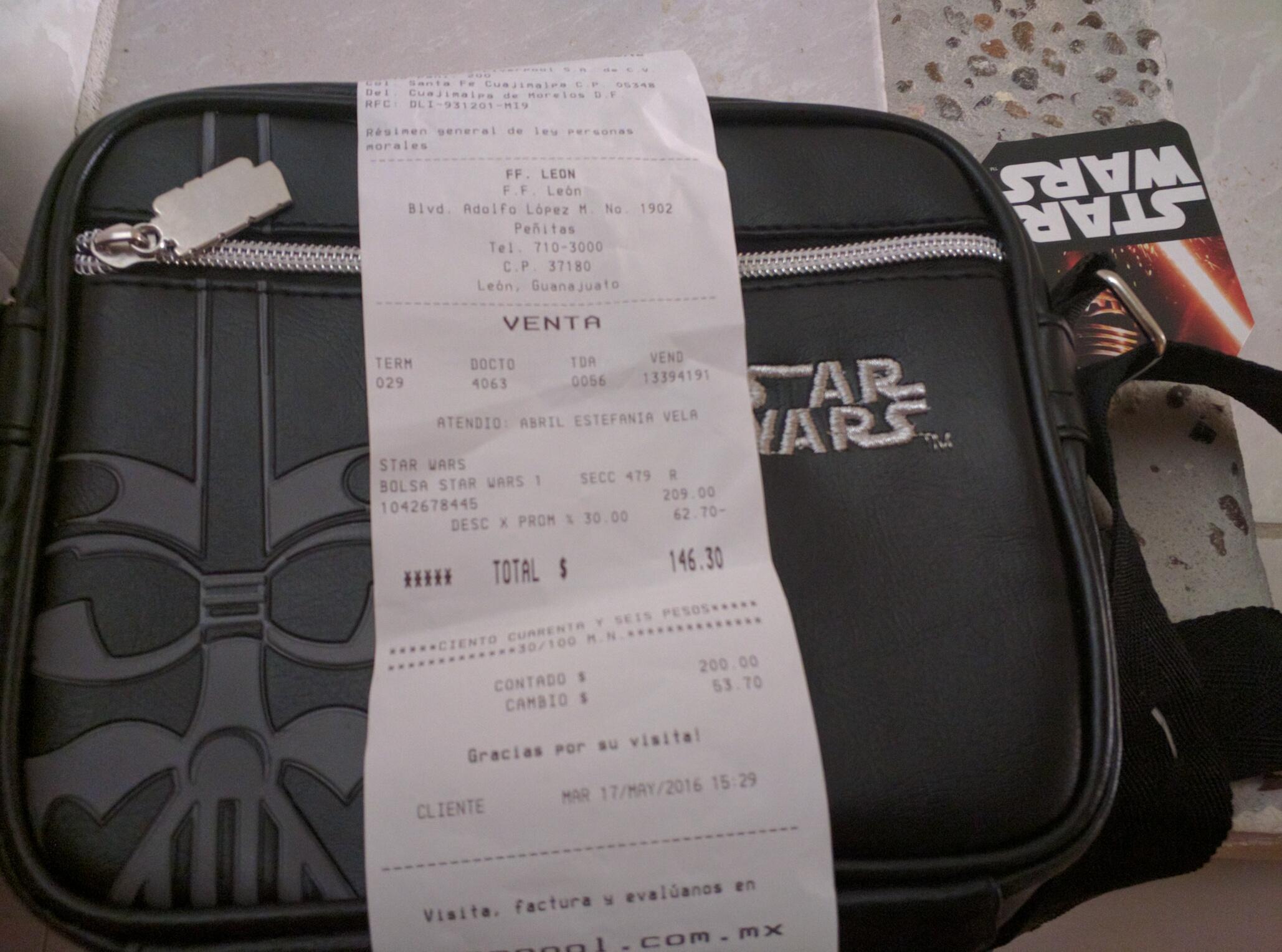 Fabricas de Francia: Bolsa Star Wars tipo cangurera-mariconera a $146
