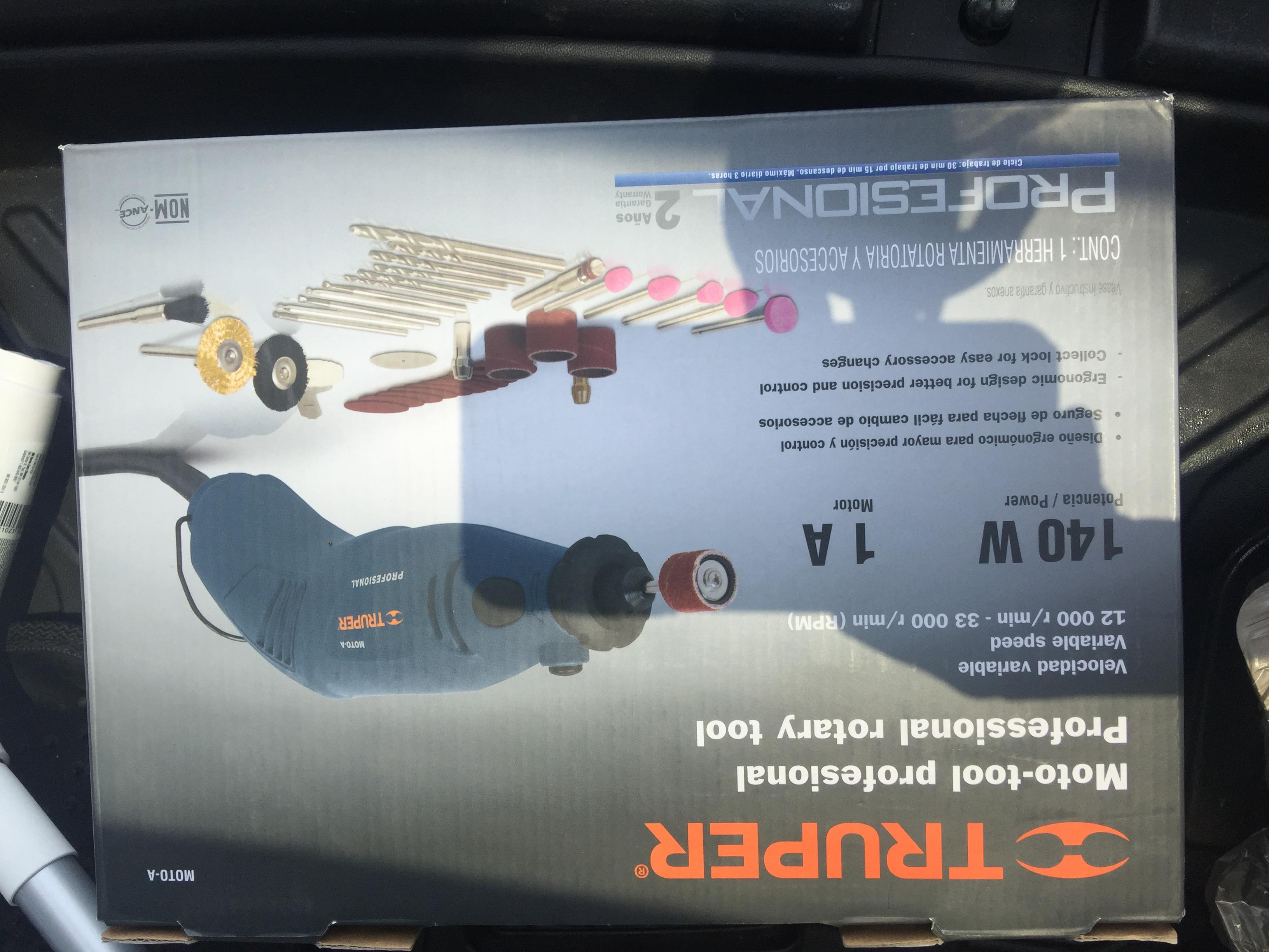 Walmart: Liquidacion de moto tool profesional Truper de 699 a 90.01