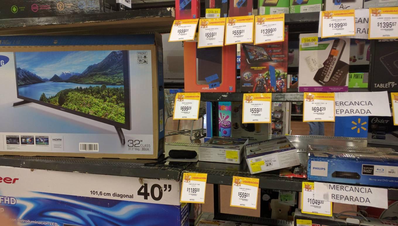 Walmart Urban Village Zapopan: liquidaciones varias