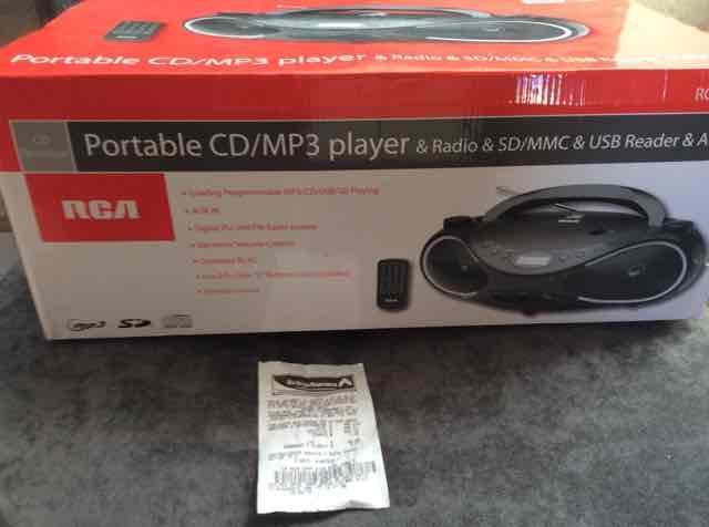 Bodega Aurrerá: Radiograbadora marca RCA con CD/MP3 AUX, Lector SD/MMC & USB