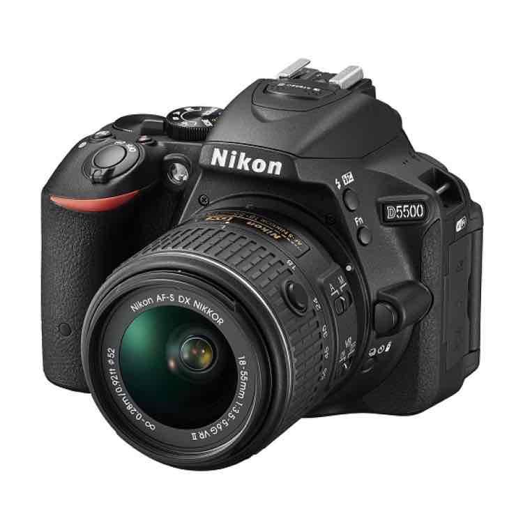 Best Buy: Nikon D5500 de $21,299 a $12,779 (pagando Banamex les devuelven $1,800 en vales)