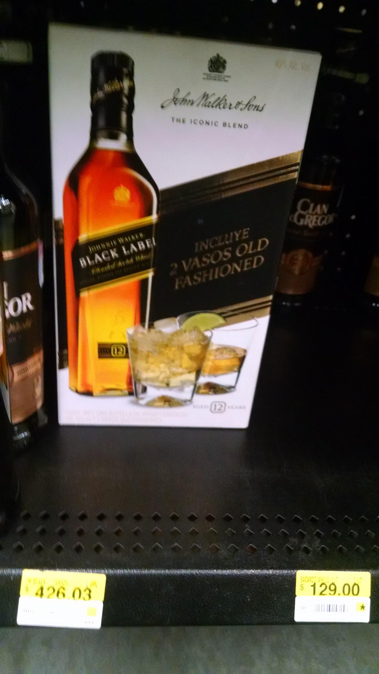 Walmart: Whisky Johnnie Walker Etiqueta Negra con vasos a $426.03