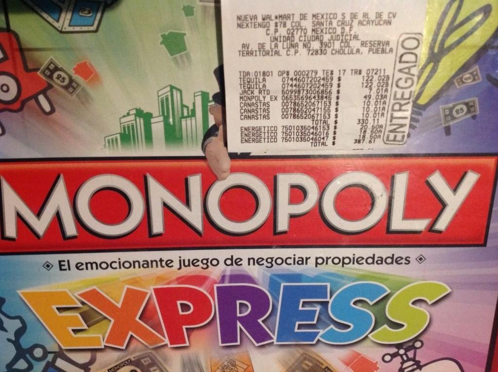 Walmart Cd. Judicial Puebla: Monópoli  a $49.03; 2 Boost Pop Gratis en compra de 1 de otra presentación
