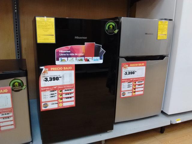 Walmart: Frigobar Hisense de 4.4 o 3.3 ft³ a $3,390