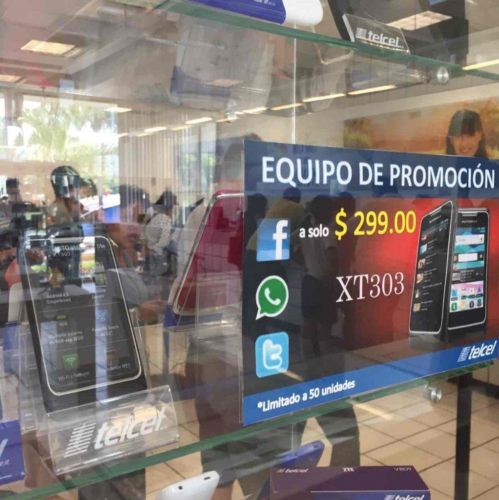 CAT Córdoba Veracruz Telcel: Motorola XT303 a $299 con paquete ilimitado por 25 días, ZTE Blade C2 a $399