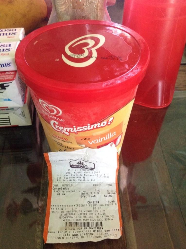 Chedraui Cancún Mundo Maya: helado Holanda de 1 litro a $3.40