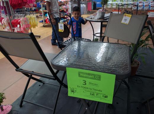 Walmart 15 de Mayo Puebla: mesa de jardín a $750.02 y más