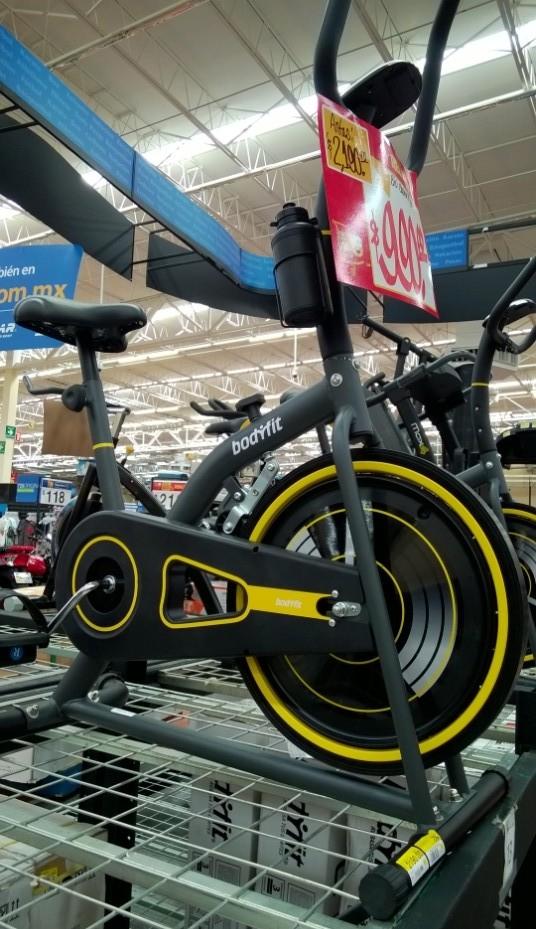 Walmart: Bicicleta fija para spinning Bodyfit de $2,190 a $990